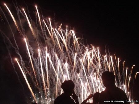 shibamata fireworks tokyo 12