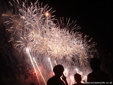 shibamata fireworks tokyo 13