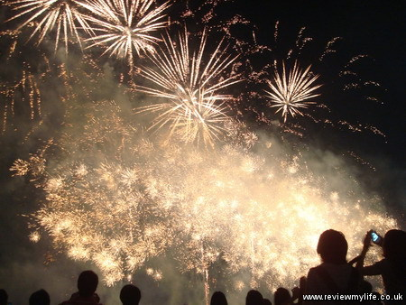 shibamata fireworks tokyo 9